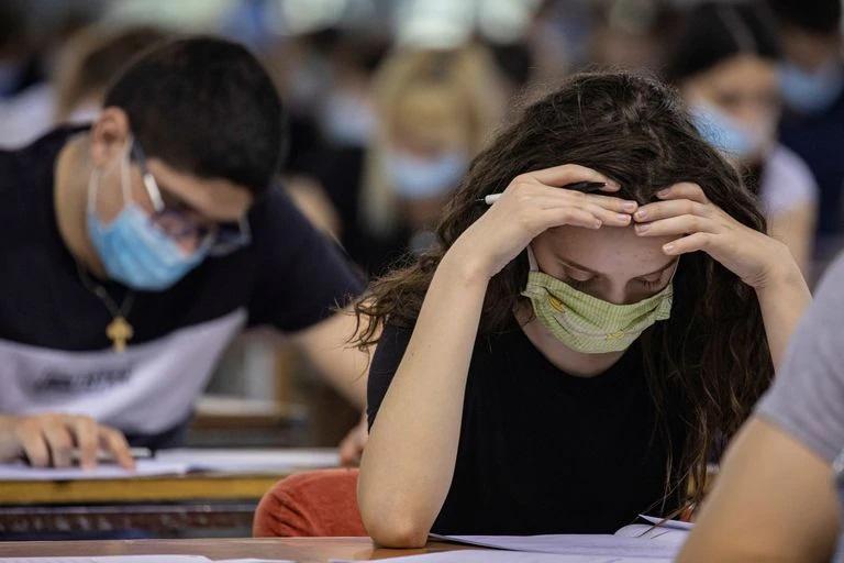El 73'7% del alumnado de la Universidad tiene dificultades para sacar sus estudios adelante a causa del COVID-19